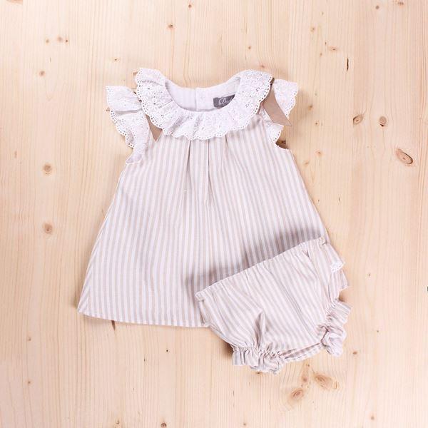 Imagen de Conjunto Bebé Petunia rayas detalles blanco y braguita