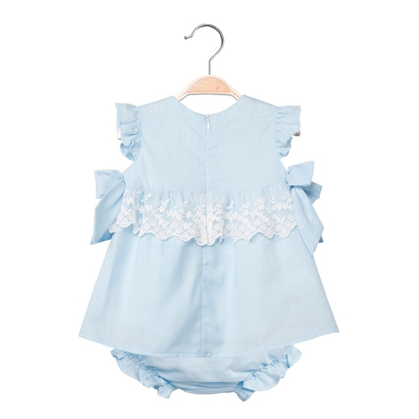 Picture of Vestido de bebé niña en azul claro con braguita