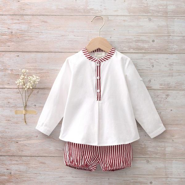 Imagen de Conjunto camisa y pantalón bebé de camisa y bermudas de rayas granate y blanco