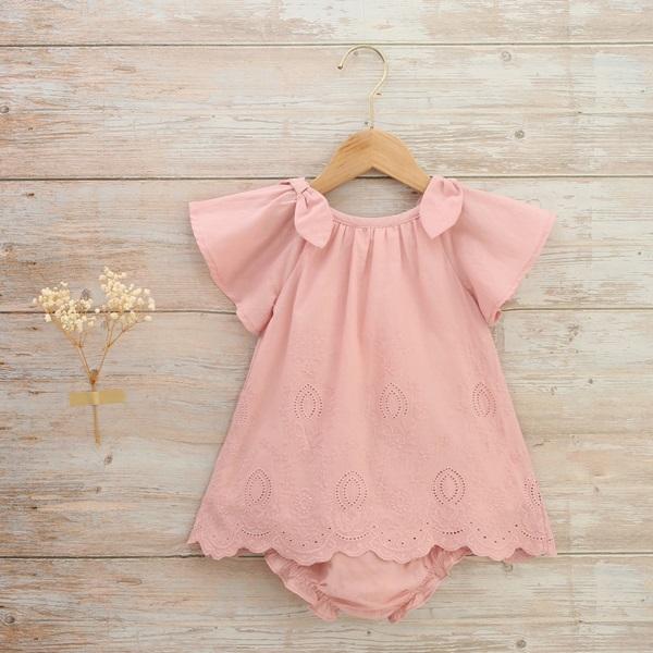 Imagen de Vestido bebé bordado rosa