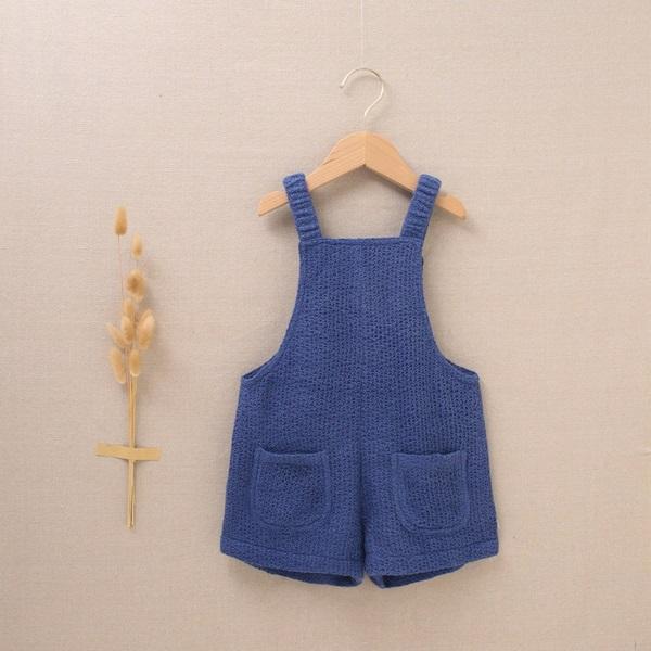 Imagen de Peto de niña punto azul con tirantes