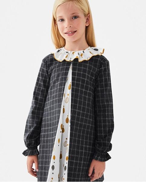 Imagen de Vestido de niña de cuadros gris beige con pliegue en estampado de gotas